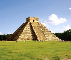 mayan-pyramid-chichen-itza